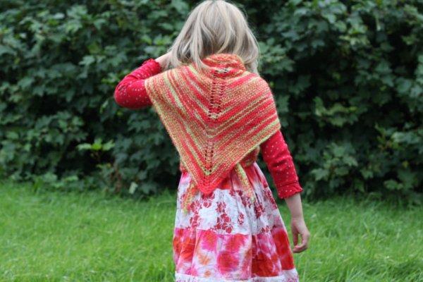 The traditional Icelandic three cornered shawl