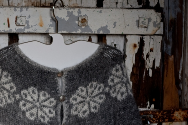 The Freyja cardi by Ragga for Knitting Iceland